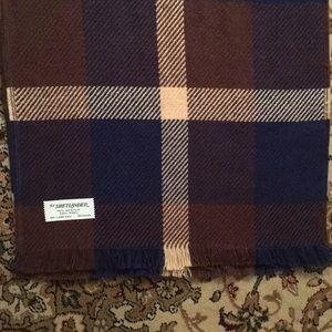 Shetlander vintage scarf school girl colors🧣